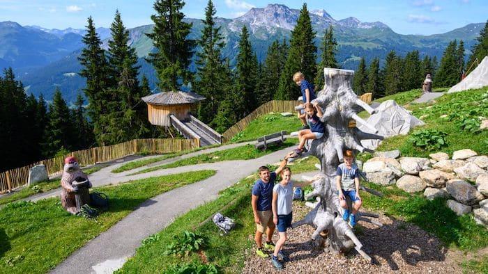 Parque de aventuras Madrisa Land, diversión con niños en Suiza