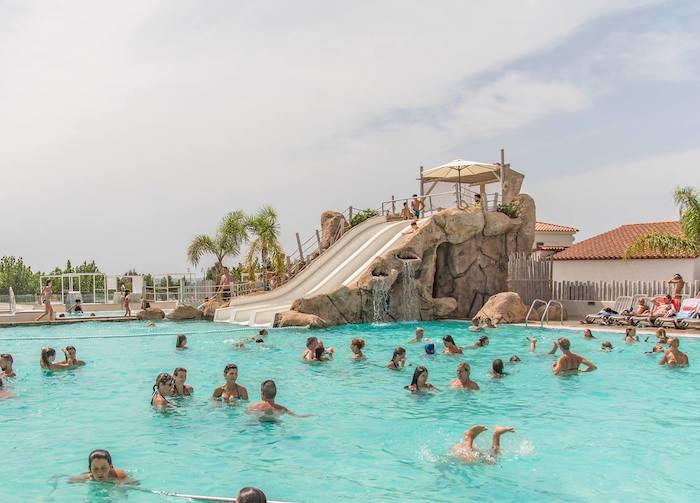 piscina acuático del camping familiar Tarragona