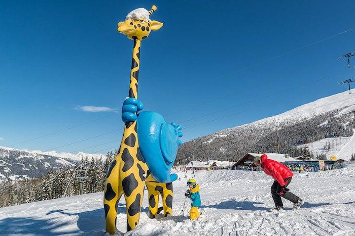 Parque de nieve para niños en región de Katschberg