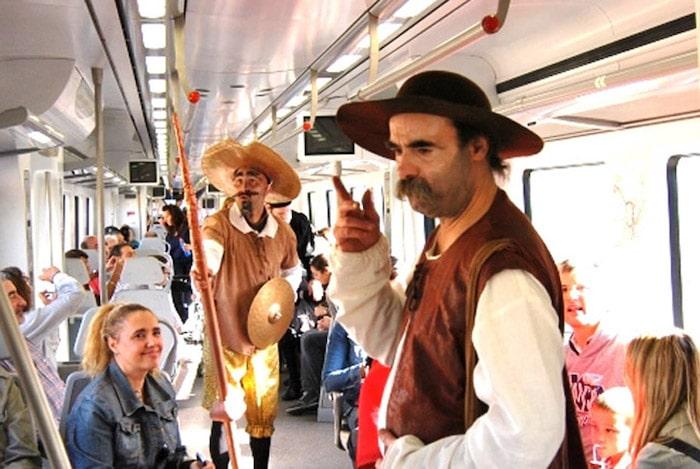 tren de Cervantes con niños