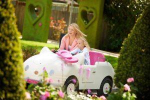 Parque Drusillas Park en Inglaterra con zona temática de Hello Kitty