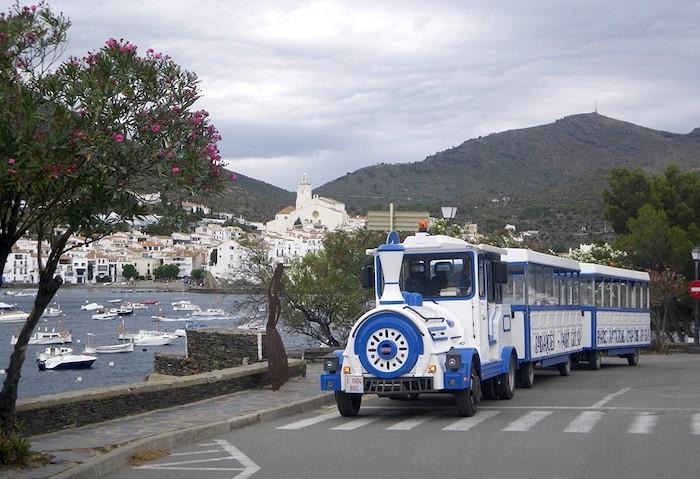 tren turístico de Cadaqués en Girona