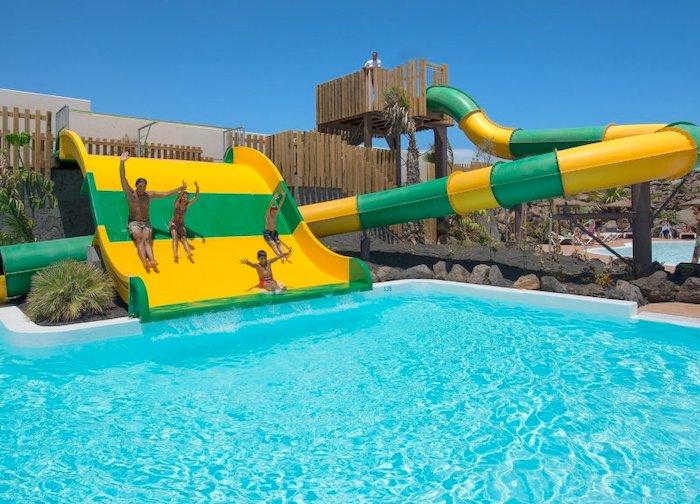 Hoteles con parque acuático en España