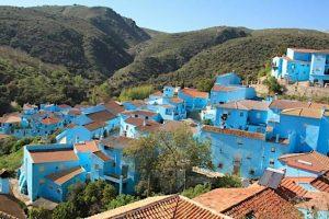 Visitar el pueblo azul de Júzcar con niños